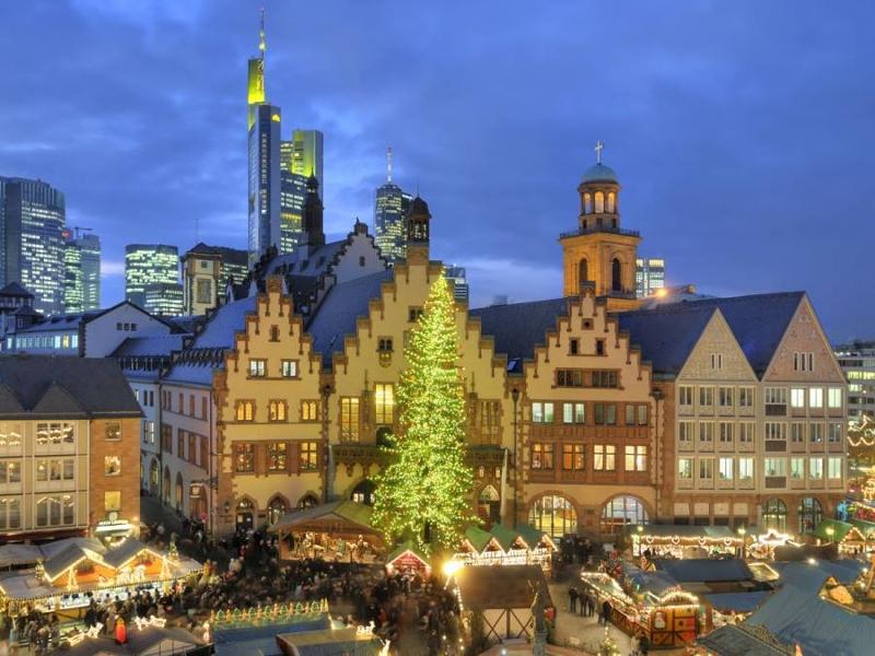 Weihnachtsmarkt Am Goetheturm.Via Regia News270 2018 Acht Weihnachtsmärkte In Frankfurt